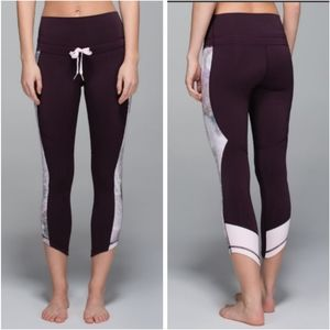 Lululemon Retreat 7/8 Pants